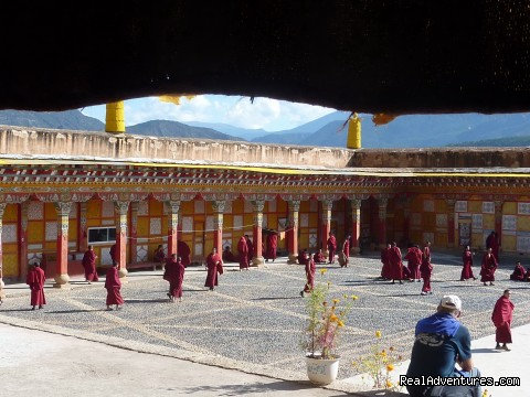 Image #2 of 6 - Easten Tibetan woman's kingdom- Yunnan to sichuan