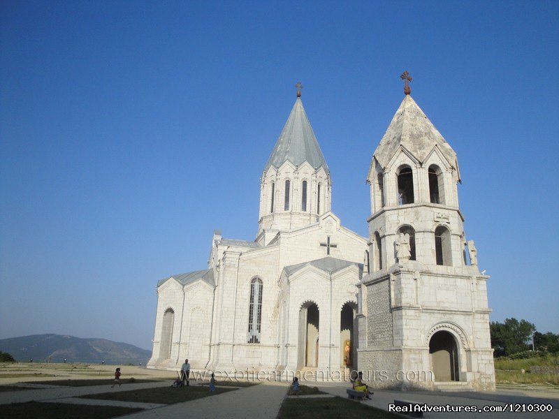 St. Ghazanchetsots Church | Image #22/22 | Tours in Armenia