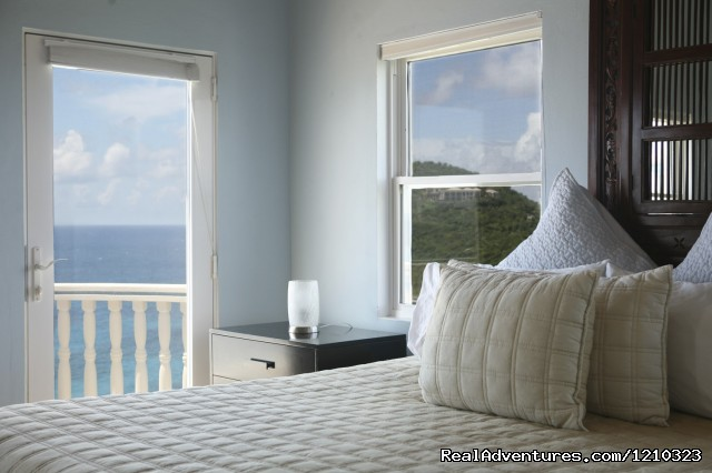 St. Thomas Bedroom - Gorgeous, Ultra-Private Oceanside Villa