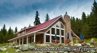 Guest Lodge - Guest / Dude Ranch in British Columbia, Canada