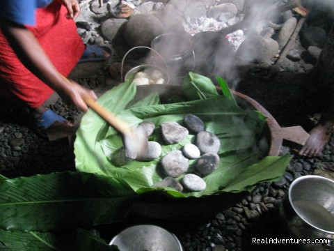 Cook in Wooden Bowl (Popo) using red hot stones - Villagestay & Trekking in Solomon Islands.
