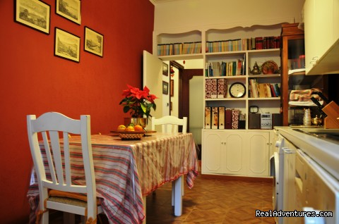 The Kitchen - B&B Naples Italy Last Minute La Bouganville