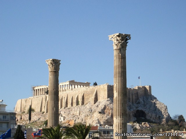 - Make vacation and improve your English in Athens