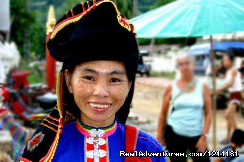Laos people - Vic Indochina Travel -Vietnam Daily Tours Groups