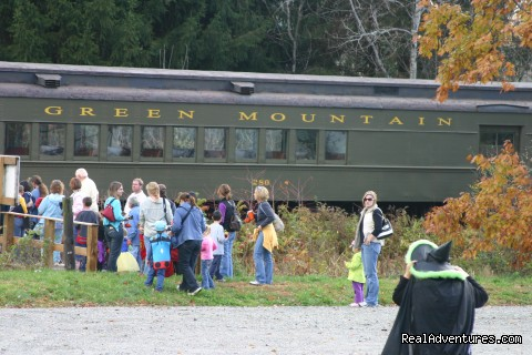 Fright River Halloween Train (#20 of 25) - Green Mountain Railroad- Route of the Flyers