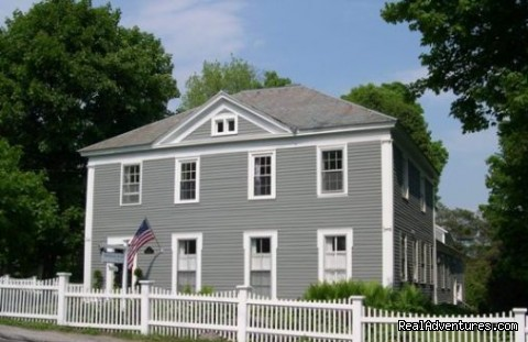 Bennington's Boutique Bed and Breakfast - Eddington House Inn