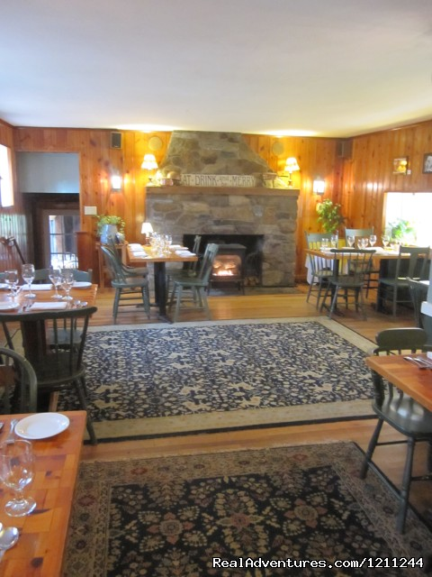 The Catamount Dining Room - Inn at Baldwin Creek & Mary's Restaurant
