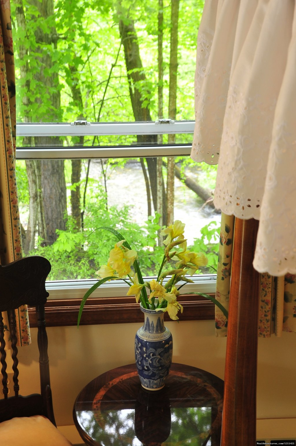 Surround yourself with Nature! Lovely New England Country Inn bordered by two brooks, tall pine trees and gardens. Secluded outdoor pool. Breakfast included.