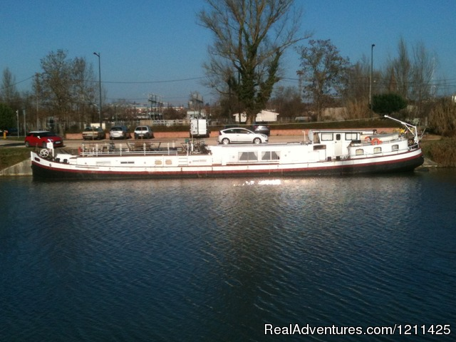 Barge Cruise in France, Holland & Germany.: Alongside in Montauban