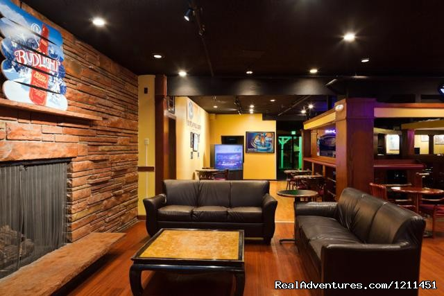Coaches Corner Sports Bar - Millenium Harvest House Boulder