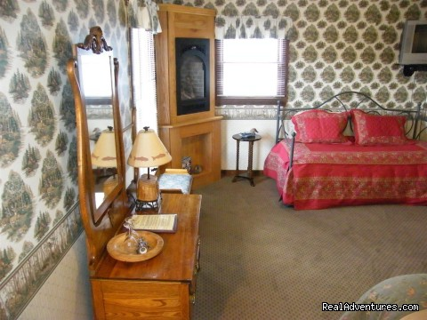 Hunters room - Home away from Home in Summit County B&B's