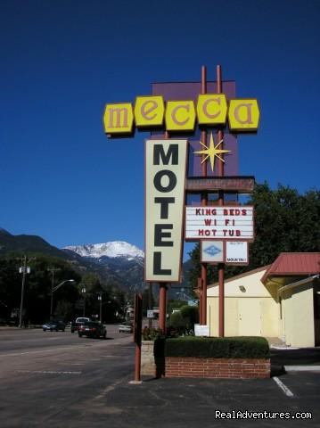 Image #5 of 8 - Mecca Motel