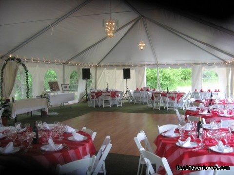 Reception tent at the Pond - Stone Mountain Lodge and Cabins