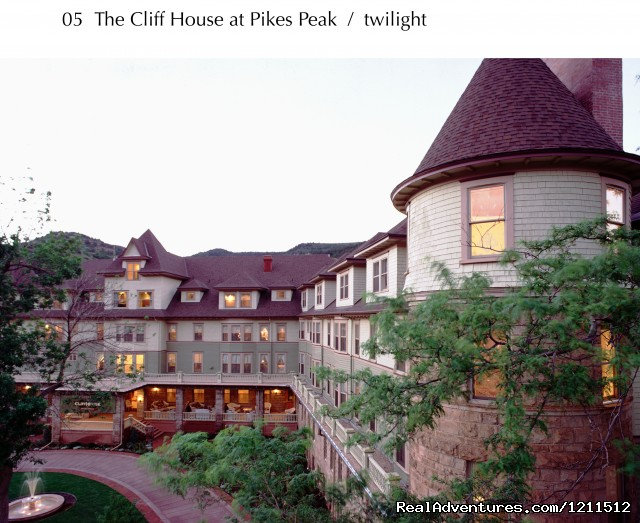 Image #4 of 4 - Cliff House at Pikes Peak