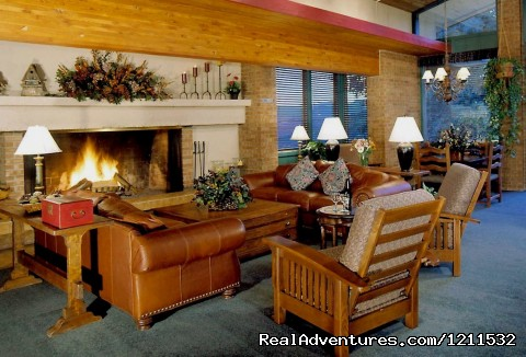 Ski lodge, lobby - Snowmass Mountain Chalet