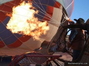 Hot Air Balloon Flights with Santa Fe Balloons. Ballooning Santa Fe, New Mexico