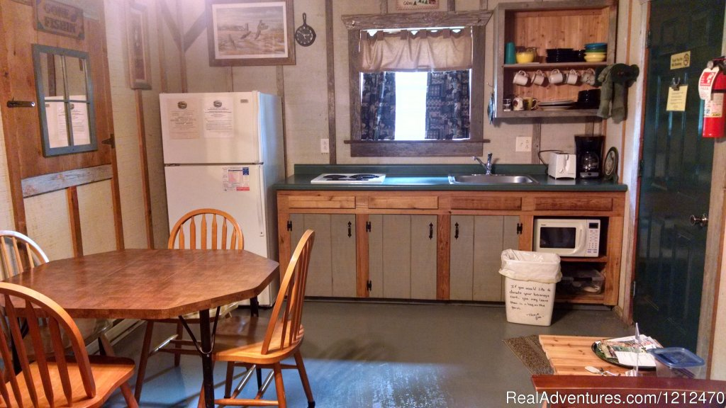 Cabin 4 Kitchen | Image #5/17 | Relax at Pine Ridge Retreat & Lodging