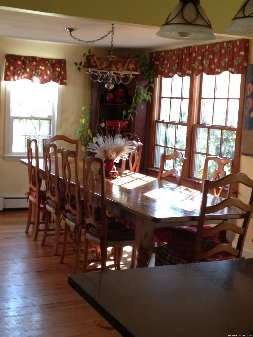 Dining room | Image #3/21 | Sea Bass Cottage - Walking Distance to Ocean