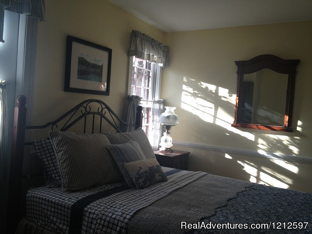 Guest Bedroom (#13 of 26) - Sea Bass Cottage - Walking Distance to Ocean