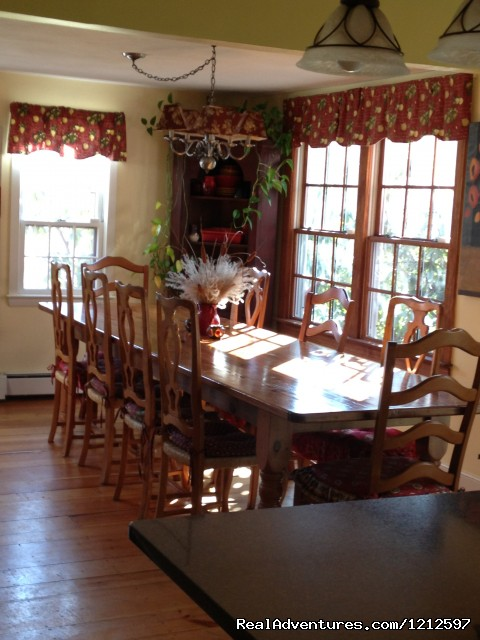 Dining room - Sea Bass Cottage - Walking Distance to Ocean