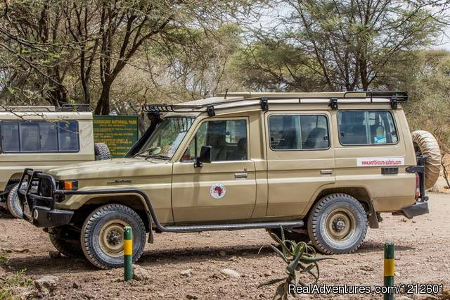 4x4 landcruiser at Tarangire gate - 5 Days 4 Nights Luxury Lodge Safari Experience