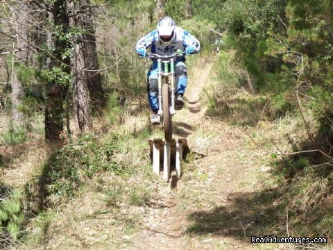 - Freeride mountain bike holidays in Italy.