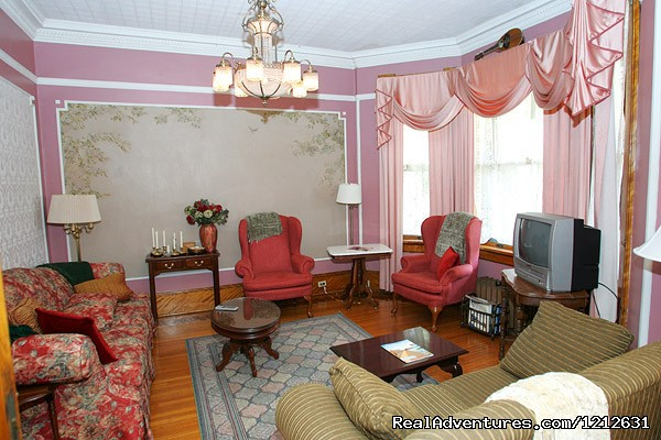 Music Room (#6 of 22) - Wonderfully romantic stays at the Mandolin Inn