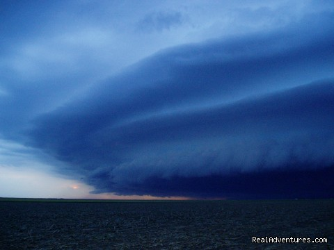 Image #1 of 2 - Storm Chasing Tours
