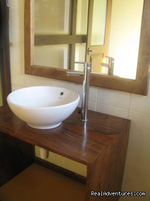 Marine Tourist Guest House: Marine negombo wash room bathroom