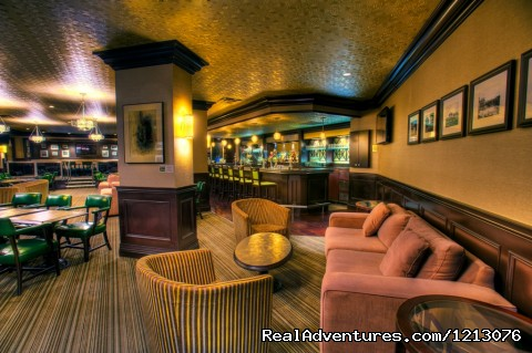 DJ Purdy's Lounge - Delta Fredericton - The only Atlantic Urban Resort