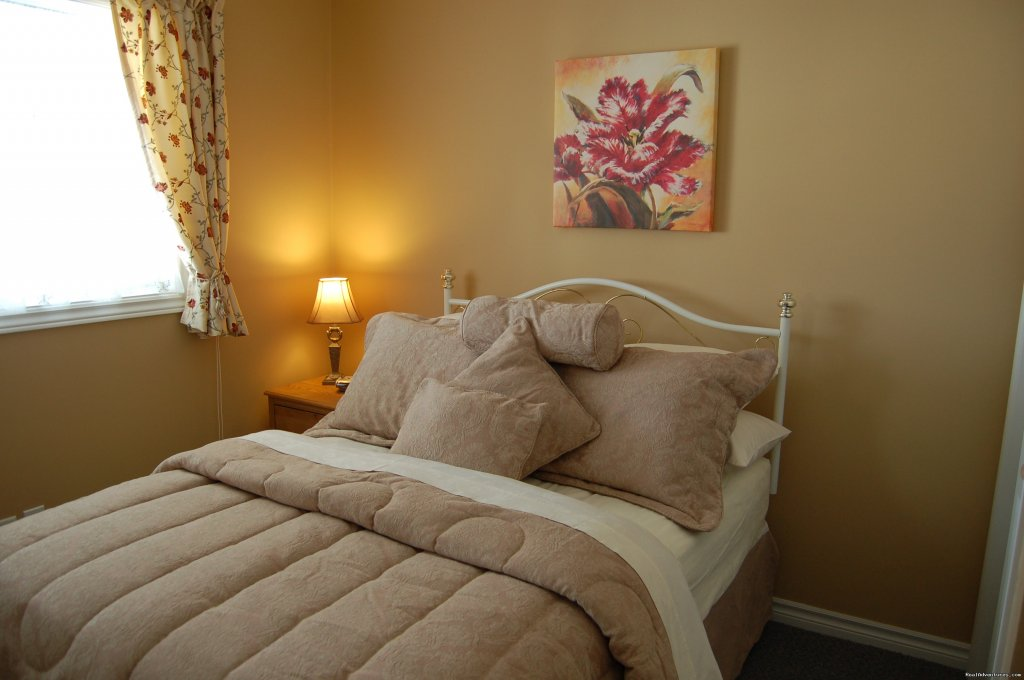 The Coppice double bedroom with private bathroom | Image #2/19 | Warm english hospitality at Coverdale B&B