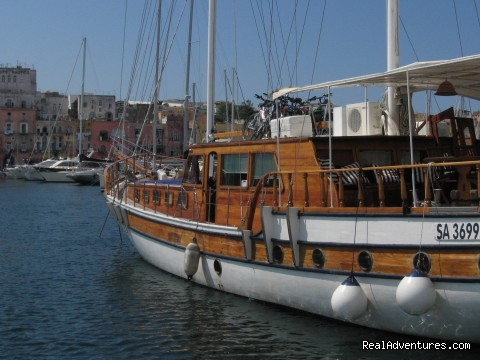 8d/7n Gulet cruise: AmalfiCoast&Gulf of Naples: