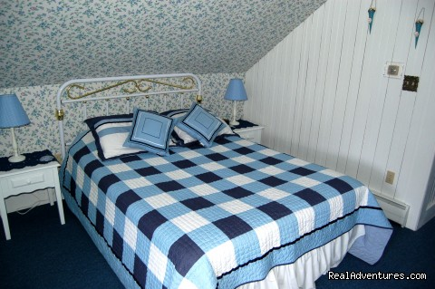 Seashore Room (#16 of 25) - Atlantic Birches Inn