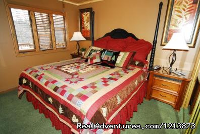 Comfortable bedding - Gatlinburg Cabins and Chalets