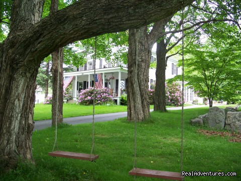 - Kenniston Hill Inn B&B&Your best choice.