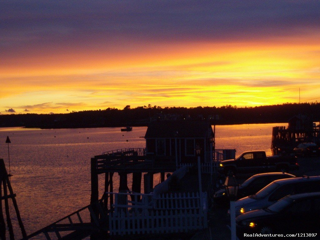 Thanksgiving Sunset at the Tugboat Inn | Image #17/17 | Getaway to the Coast at the Tugboat Inn