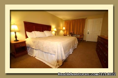 Admiral's Inn Hotel Room