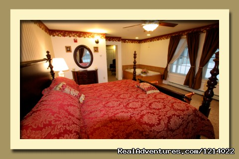 Suites - Honeymoon - Admiral's Inn