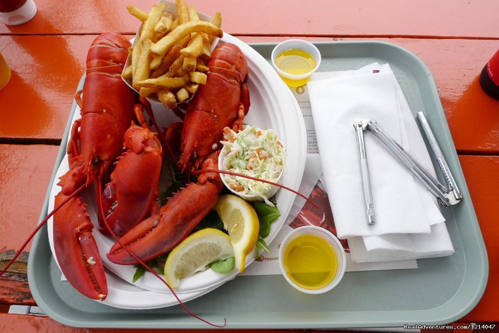 Lobster Dinner | Image #23/26 | Maine Coast Vacations Scenic White Rocks Cottage