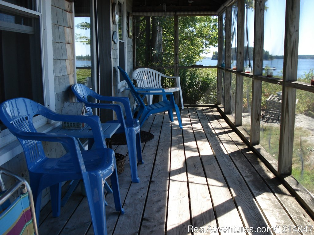 White Rocks Screened Porch | Image #18/26 | Maine Coast Vacations Scenic White Rocks Cottage