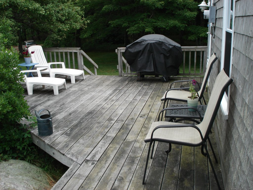 White Rocks Deck | Image #17/26 | Maine Coast Vacations Scenic White Rocks Cottage