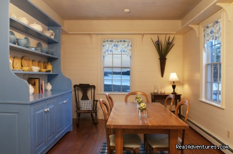 The small dining-room. - 1774 Inn