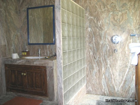 bathroom - Himalayan nature resort at Eagles Nest India