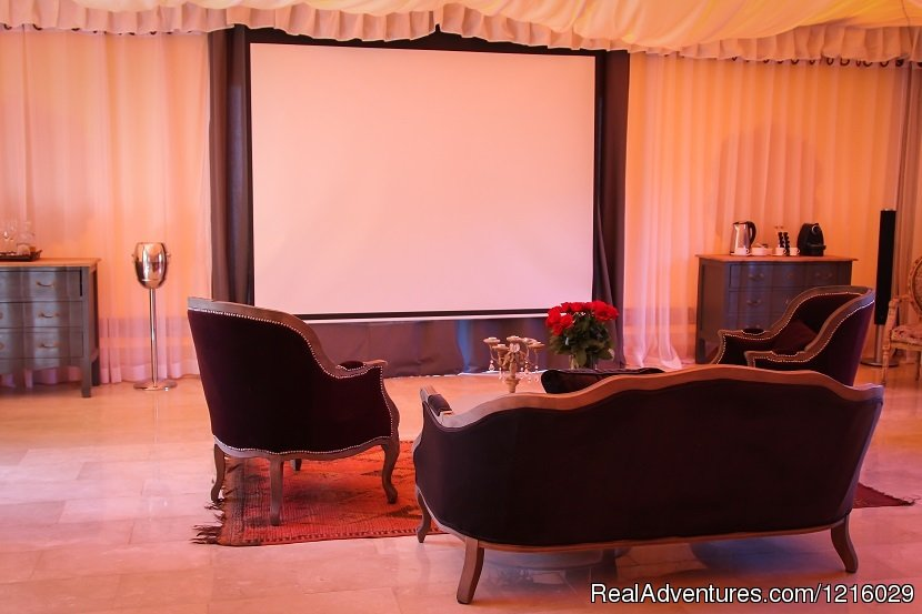 Royal Tent | Image #3/26 | Luxurious and Private Retreat for Romantic Getaway