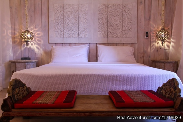 Maharaja Tent bed - Luxurious and Private Retreat for Romantic Getaway