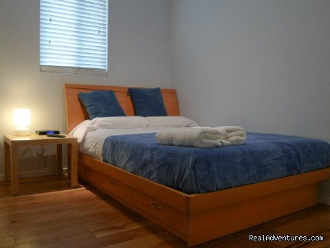 Comfortable clean private rooms with internet access - StayON Beverly Hostel  - luxury Private rooms