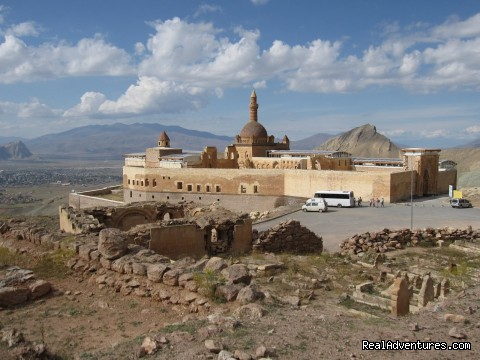 İshak Pasha Palace - Mount Ararat Expeditions