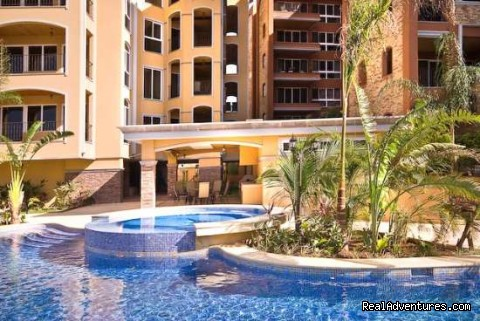 - Incredible Langosta Tamarindo Complex