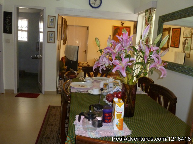Breakfast - A great Home stay in New Delhi at Mayas Nest A B&B