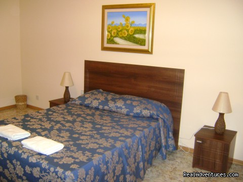 Carnation Bedroom - Relaxing getaway at Tat-Torri B&B in Xaghra Gozo